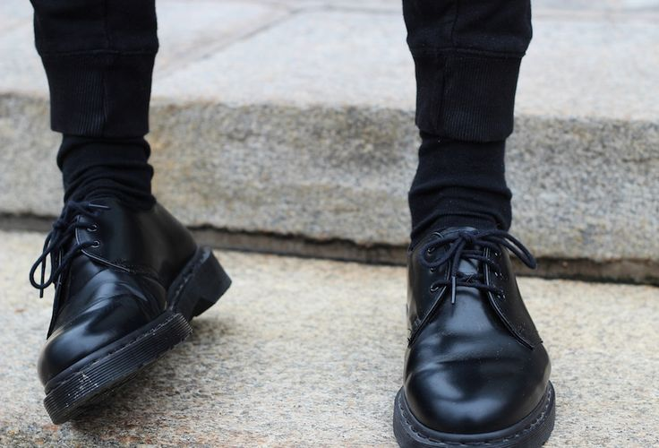 These doc martens, these skinny jeans, are so charming.