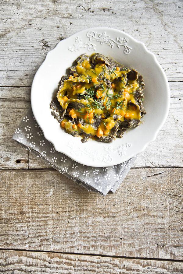 ... carob flour pasta with pumpkin and gorgonzola (mafaldine di carrube con zucca e gorgonzola) ...