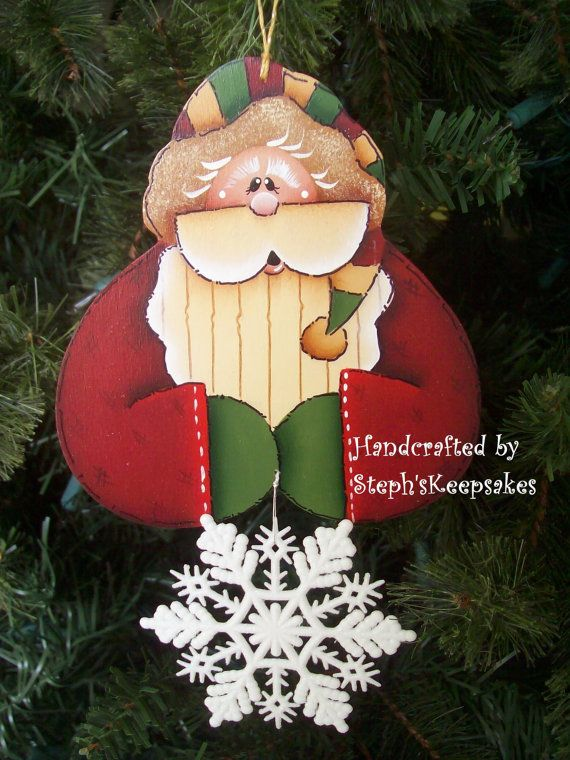 Hand Painted Santa Ornament por stephskeepsakes en Etsy, $7.50