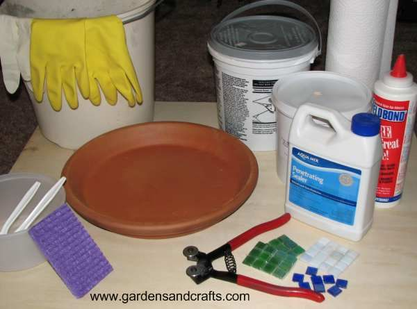 Instructions from Birds & Blooms: making Mosaic Birdbath