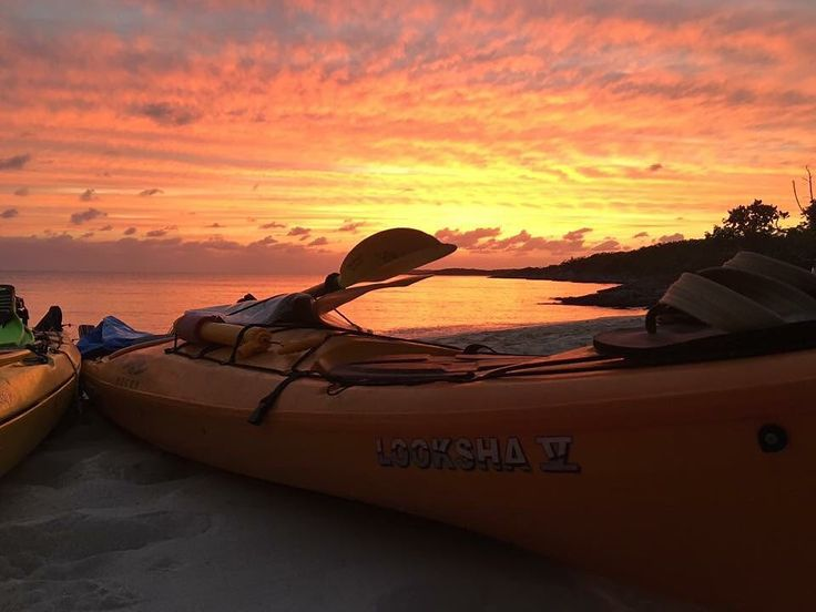 Check out this beautiful photo that Emily W. shared with us on our Facebook page..... Love this angle and view!!! #neckykayaks @neckykayaks #kayakbahamas #explorethebahamas #kayakcamping #kayaking #sunset