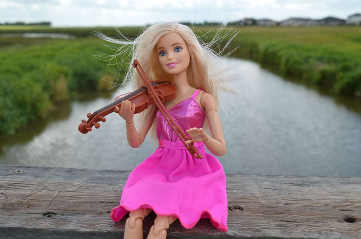 #barbie #blonde #doll #dress #instrument #music #musical #musician #pink #play #playing #toy #violin