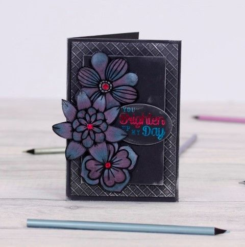Spectrum Noir Colorista Dark #Crafting #Hobbies #Arts #Hochanda #Crafts #Hobby #Art #lifestyle #marker #CraftersCompanion #Colouring #Noir #Stamps #Creative - www.hochanda.com/