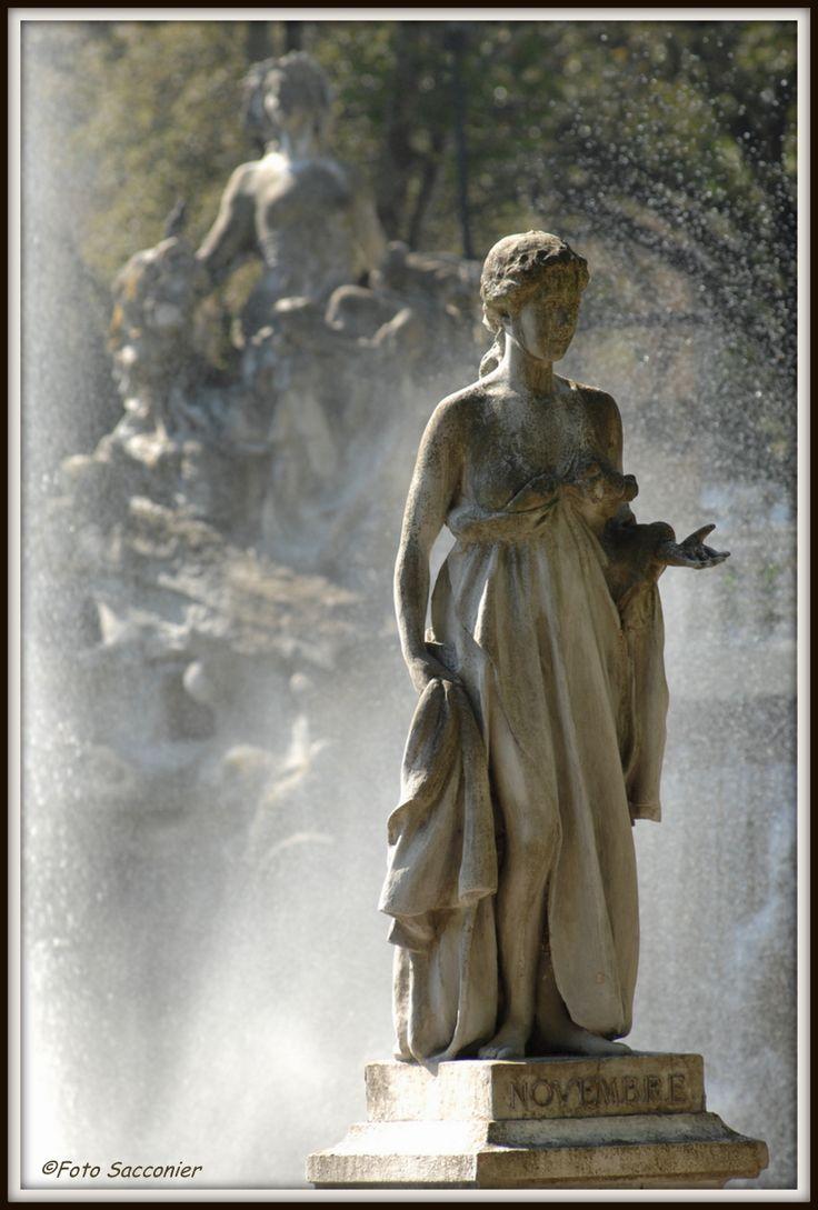 Fontana dei 12 mesi, Novembre #novembre #torino_magica