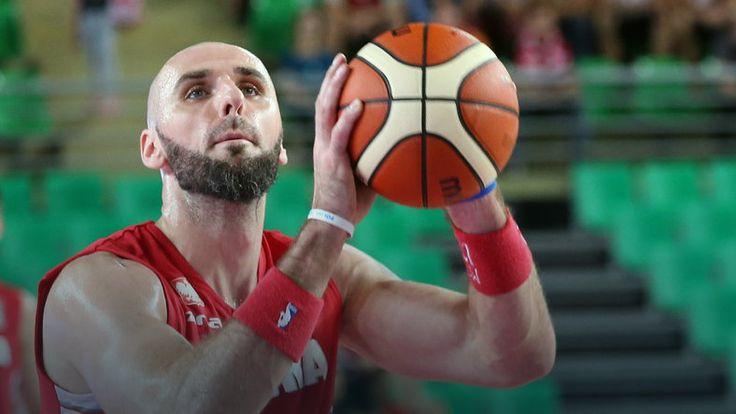 NBA: Marcin Gortat leci do Polski, opuści trzy spotkania