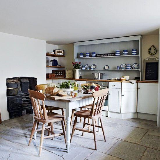 Spacious country kitchen | Country kitchen ideas | image