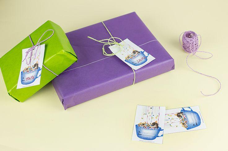 5 ideas para envolver regalos en el último minuto - Etiquetas descargables gratuitas