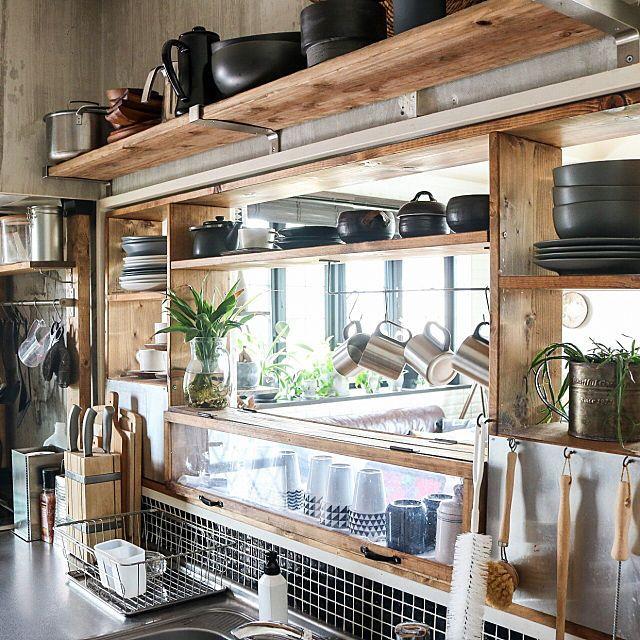 生活感を出さない!キッチン収納のアイディアやコツ大紹介 | RoomClip mag | 暮らしとインテリアのwebマガジン