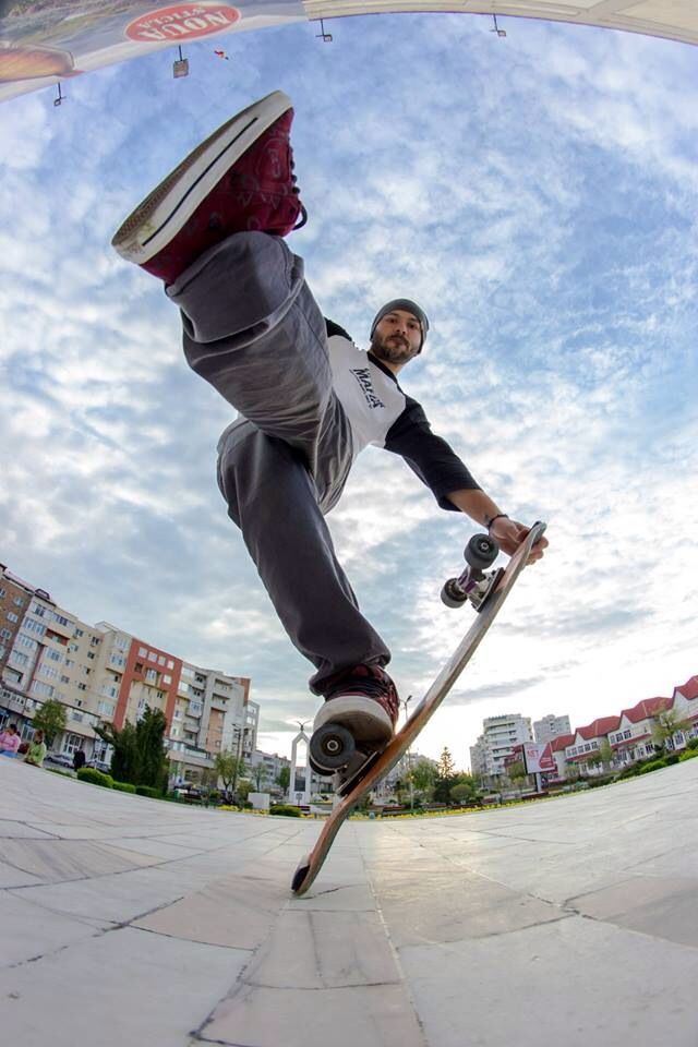 Freestyle Skateboarding