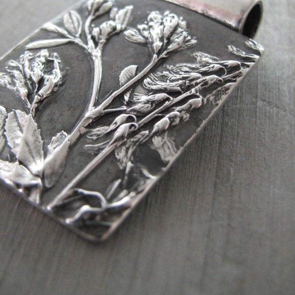 Fiesta, colgante flor de plata fina, reproducción de plantas naturales, flores silvestres, hecho a mano por SilverWishes de SilverWishes en Etsy https://www.etsy.com/es/listing/247892095/fiesta-colgante-flor-de-plata-fina