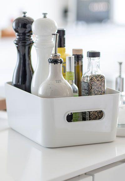 Moderni, tyylikäs ja tilaa säästävä SmartStore Compact –sarja vastaa nykyaikaisiin säilytystarpeisiin kodin jokaisessa huoneessa. Sopii esimerkiksi keittiöön, missä tarvikkeiden tulee olla järjestyksessä ja kätevästi saatavilla. Tutustu ja tilaa helposti verkkokaupasta.
