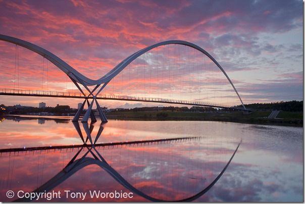 Urban night photography, street photography, low light, Urban, Landscape, Tony Worobiec,