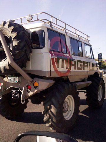 Unimog Bus