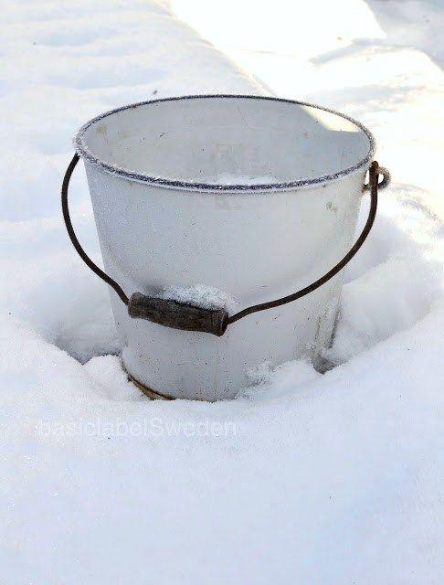 emmer in de sneeuw