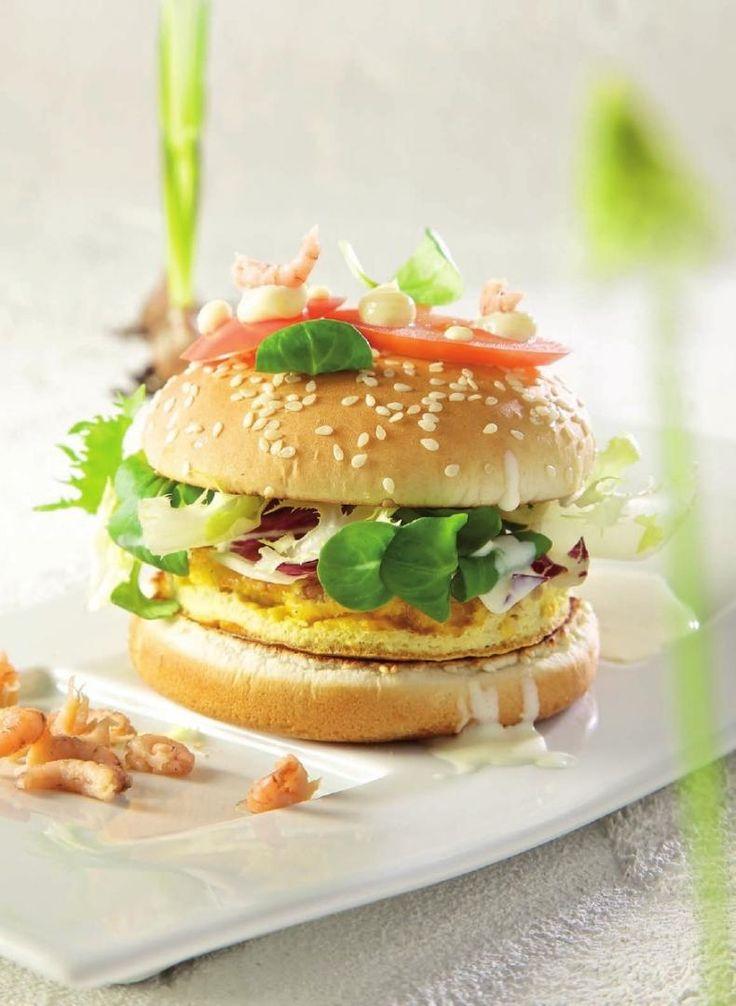 Njamburger met garnaaltjes http://www.njam.tv/recepten/njamburger-met-garnaaltjes