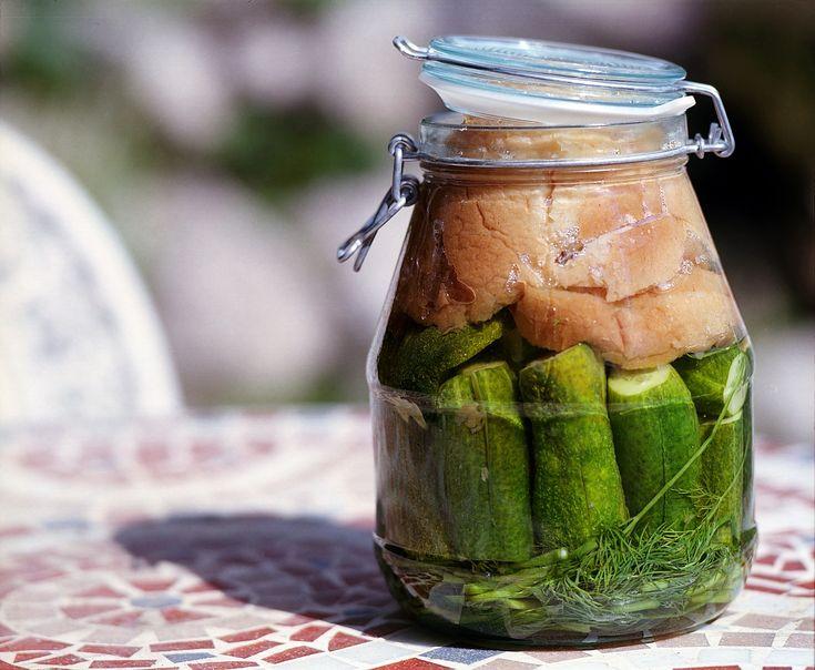Dallo yogurt all'aceto, dalle verdure fermentate in conserva alle specialità asiatiche, i cibi fermentati che fanno bene alla flora intestinale.