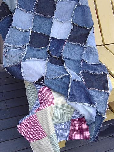 fray edge denim quilt – our picnic blanket | creative controller