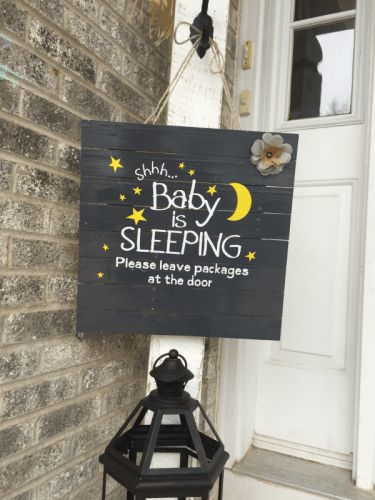 Knock on the door, or ring of the doorbell - NO THANKS!  This is why you need to DIY this sleeping baby sign and save your sanity!