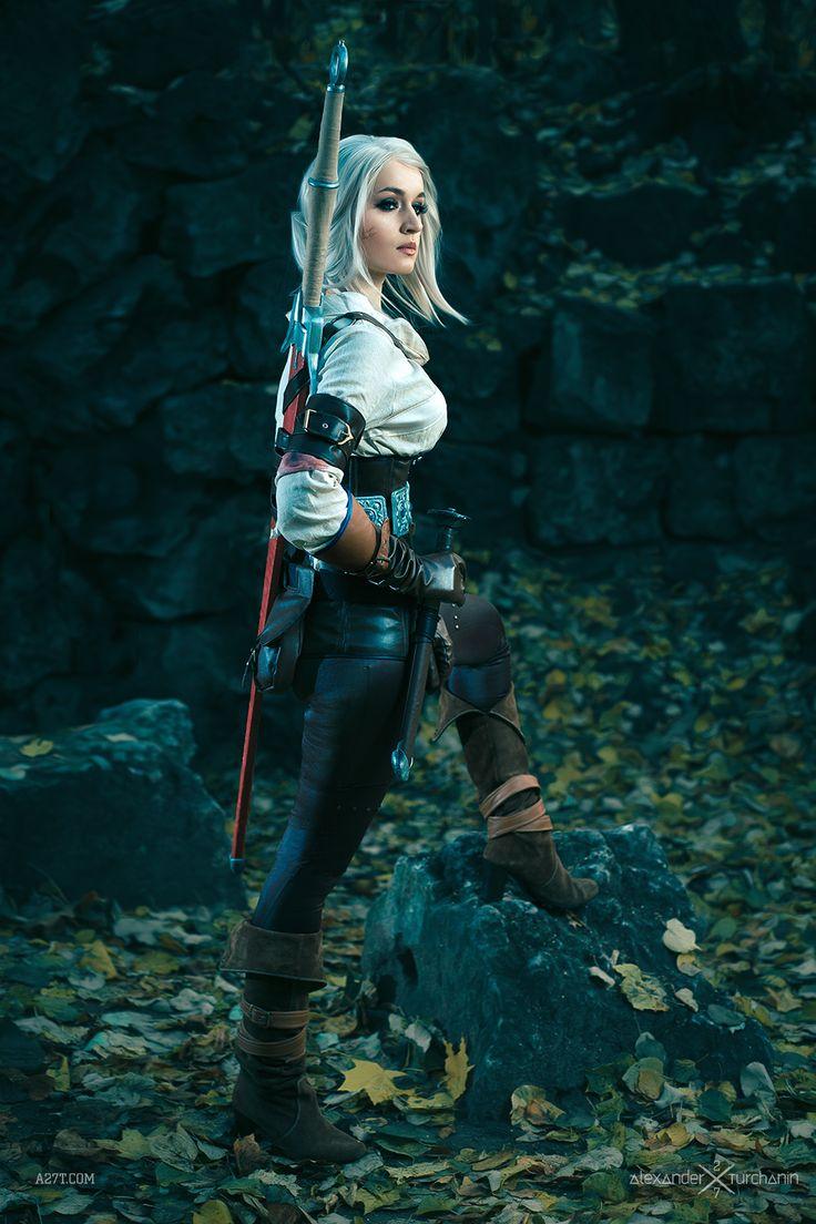 More amazing Ciri cosplay