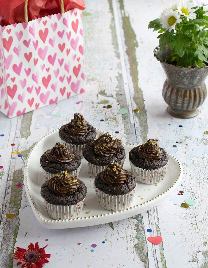 Gluten-free Vegan Chocolate Avocado Cupcakes with No Added Oil! These little cupcakes will satisfy your chocolate cravings and are perfect for Valentine's Day. Your family and friends will be asking for more.