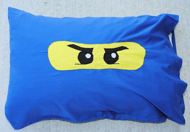 25 Things to Sew for Boys - Crazy Little Projects. Ninjago pillow case!