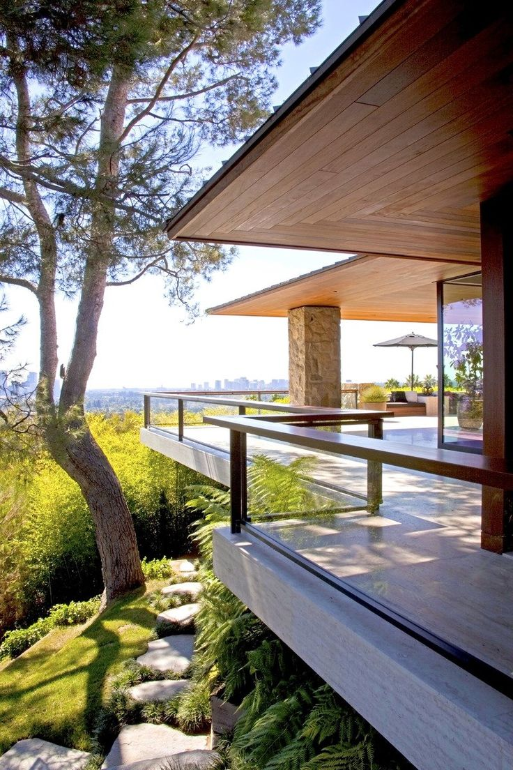 See more of Stephen Shadley Designs's Jennifer Aniston, Beverly Hills on 1stdibs