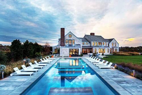 pool! elegant!