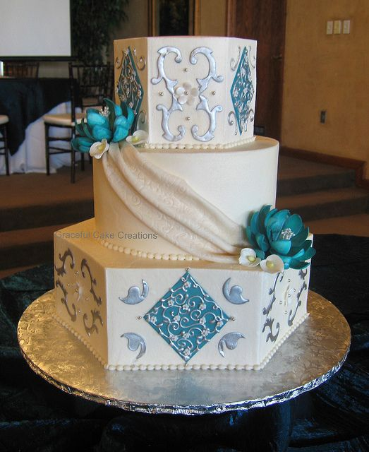 Elegant Ivory, Teal and Silver Wedding Cake  # Silver Wedding ... Wedding ideas for brides, grooms, parents & planners ... https://itunes.apple.com/us/app/the-gold-wedding-planner/id498112599?ls=1=8 … plus how to organise an entire wedding ♥ The Gold Wedding Planner iPhone App ♥