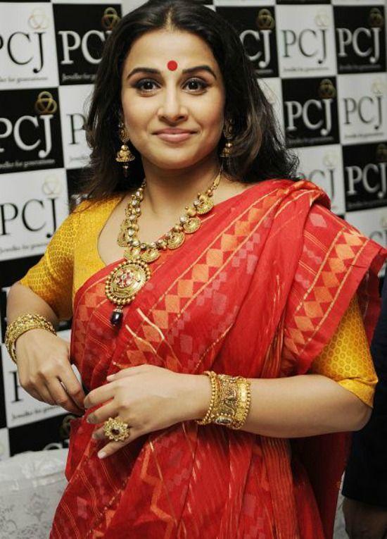 49282102c5a1d7 15 Traditional Bengali Sarees With Images   Functional -Sarees ...