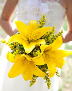 yellow lily bouquet. Even though grandma would like this, I think I would like to put it under my wedding