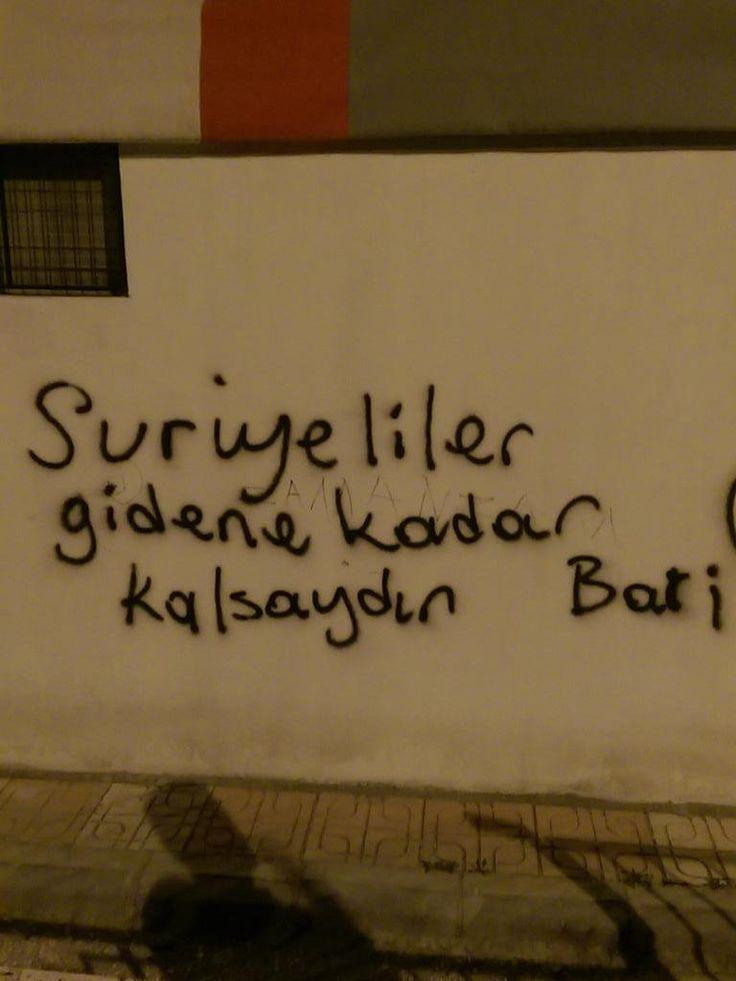 Suriyeliler gidene kadar kalsaydın bari. #sözler #anlamlısözler #güzelsözler #manalısözler #özlüsözler #alıntı #alıntılar #alıntıdır #alıntısözler #şiir #edebiyat