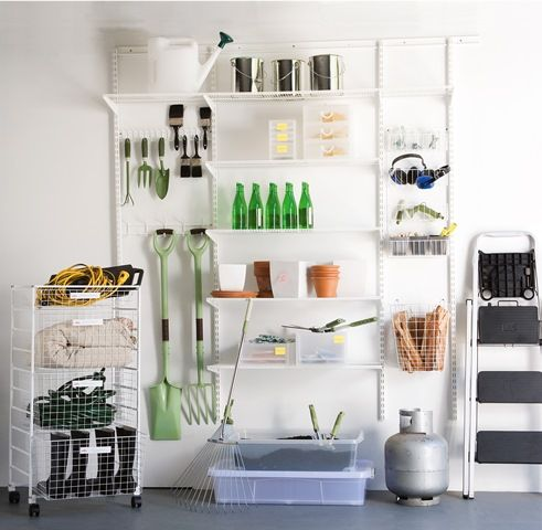 Imagine driving into your garage and seeing everything in order. It can be easily achieved with elfa®. Use vertical storage space and get the best out of your garage. Available at Howards Storage World.