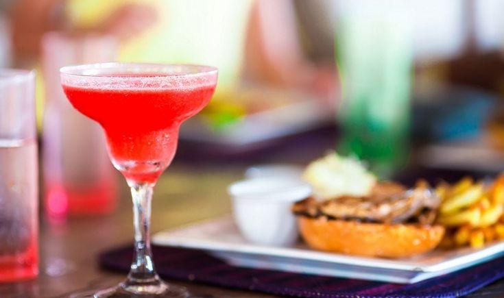 Αθήνα: 5 μπαρ που σερβίρουν και καλό φαγητό