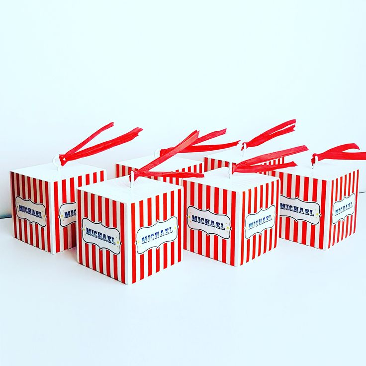 Circus Party. Wooden weights for balloons. Costum Name Blocks di modernkub su Etsy