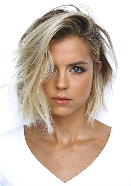 cool 33 Wunderschöne texturierte Bob-Haarschnitte für Damen 2018 Lesen Sie mehr von irenevoni … # 2018 # 33 # Bob #für # wunderschöne # Haarschnitte # Damen # texturierte # Bobhaircut …