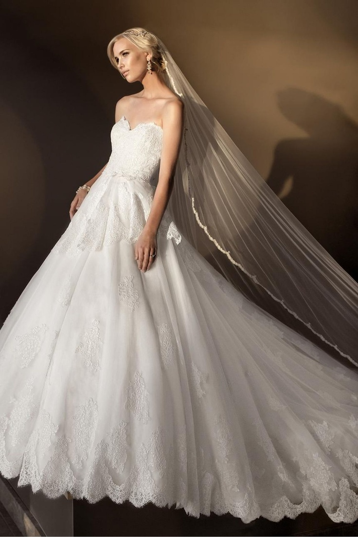 Vera Wang Wedding Dress Essense Of Australia D1410