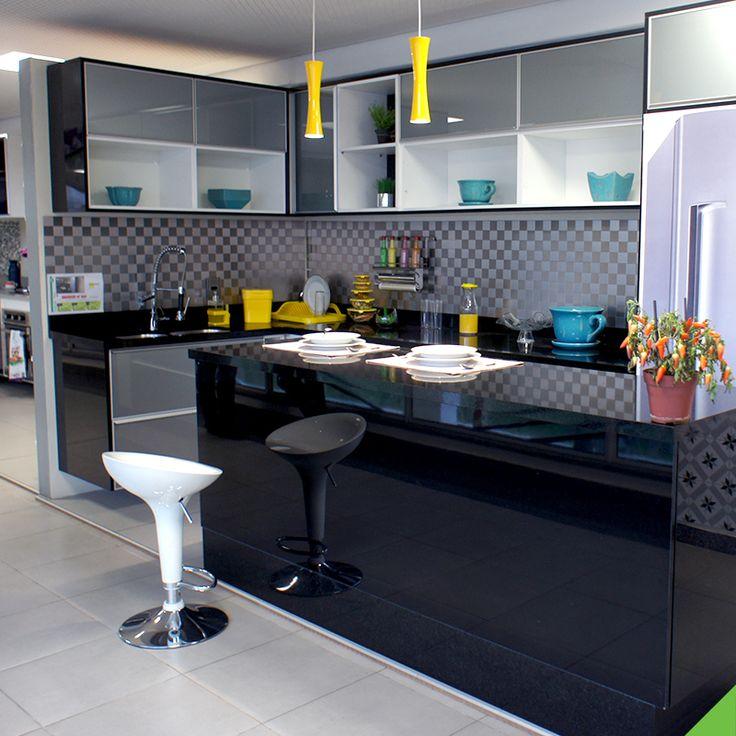 Cozinha que é cozinha é cheia de detalhes e acessórios. Conta pra gente qual é o detalhezinho que você mais gosta na sua cozinha ou que gostaria de ter nela. :D #CozinhaeLavanderia dispenser de detergente - http://leroy.co/2crkwc8 lixeira pata pia - http://leroy.co/2dkxK7w escorredor de louça - http://leroy.co/2cGcSqm barra de parede - http://leroy.co/2coT0ag porta rolo de parede - http://leroy.co/2d3ag9f cachepot - http://leroy.co/2crlgO5 cachepot 2 - http://leroy.co/2coU2Tq