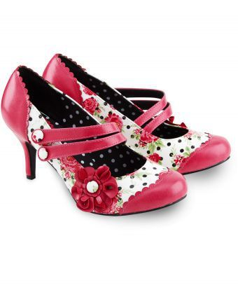 Make a statement with these hot pink patent shoes. Pretty floral inserts and a gorgeous corsage will bring a touch of feminine fun to your look. Heel height: 8cm