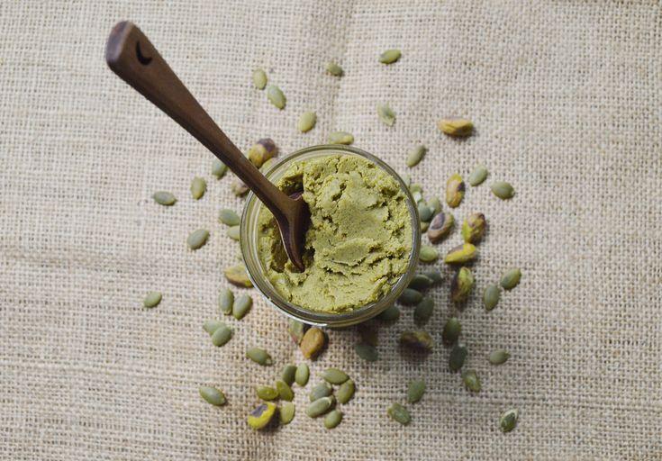 Pojďte si s námi vyrobit a ochutnat domácí másla, která jsou plná bílkovin, vlákniny, zdravých