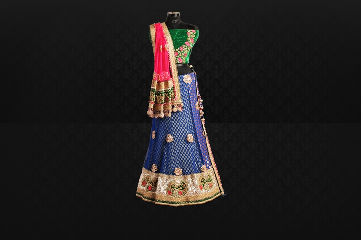The exclusive bridal collection is all about beautiful and innovative designs and patterns of cultural bridal lehnga dresses. Most of the designs have been inspired from the ancient Indian culture. Hence, the Indian designer bridal collection is expected to be very elegant and extraordinary.