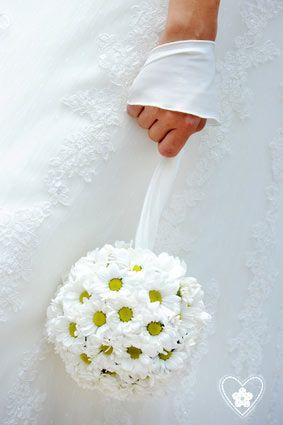 Bouquet  de mariée en forme de boule pour les thème retro vintage bohème guinguette