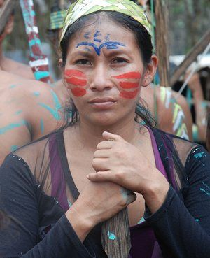 A Kichwa woman from the River Tigre, Peru, demanding in 2015 to be consulted about oil operations. Indigenous people are now requesting to be consulted about the proposed Moyobamba-Iquitos electricity line.