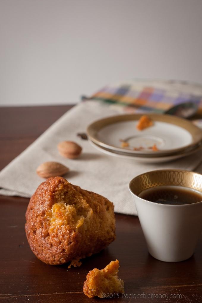 I muffins di Nigella. Alla cannella, mele e mandorle.
