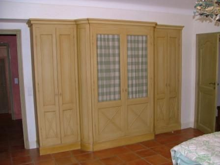 Mobiliers parquets menuiserie bois pvc ebenisterie for Placard sdb
