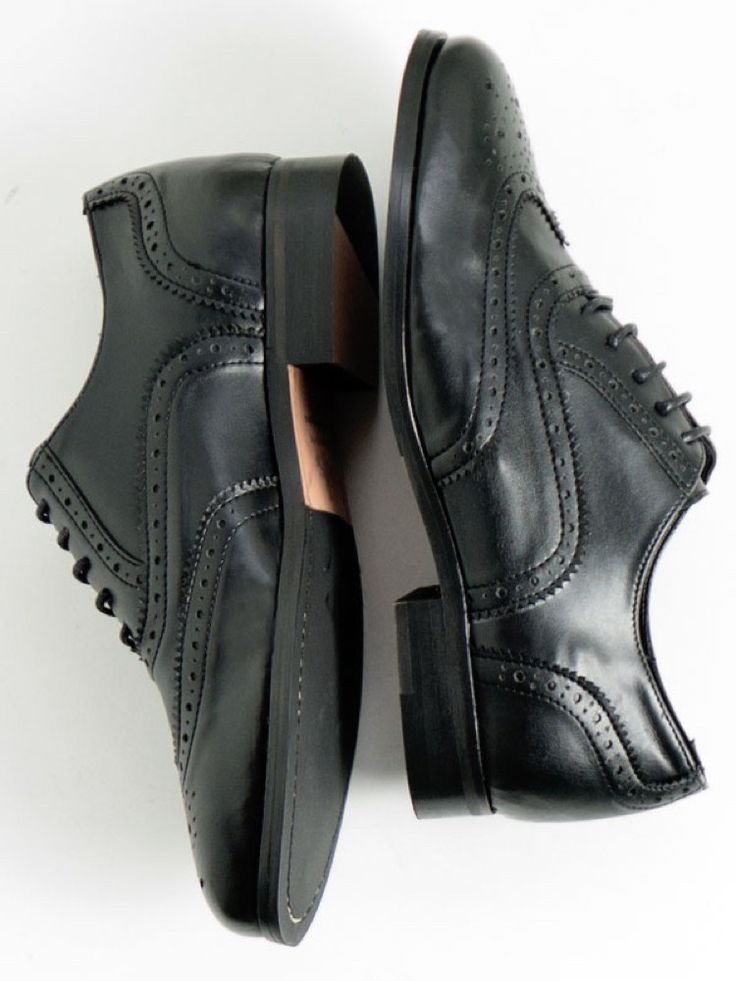 Womens vegan Oxford brogues in black by Wills London