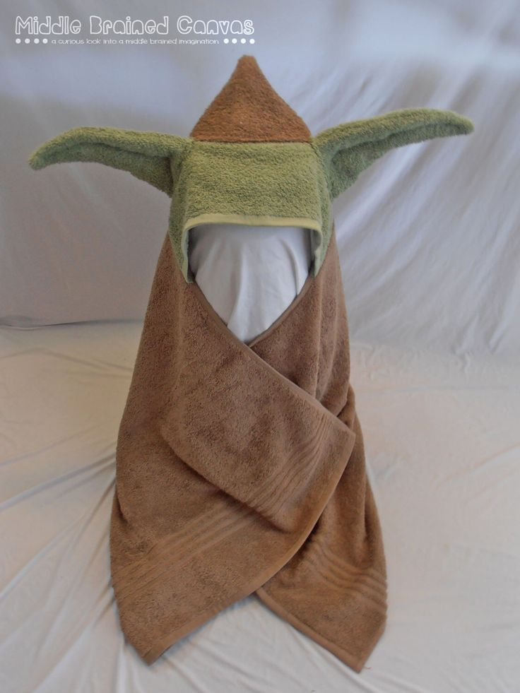 Yoda Inspired Hooded Bath Towel by MiddleBrainedCanvas on Etsy https://www.etsy.com/listing/125943154/yoda-inspired-hooded-bath-towel