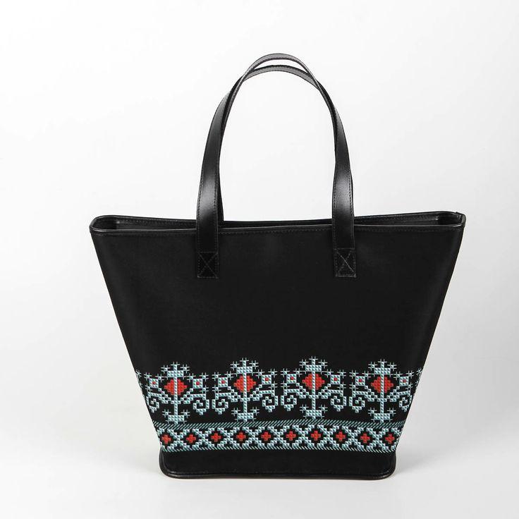 Iutta for Queen Marie of Romania  #iutta #iuttabags #dorderomanesc #tradition #folklore #folk #art #fashion #bags #romanian #motifs