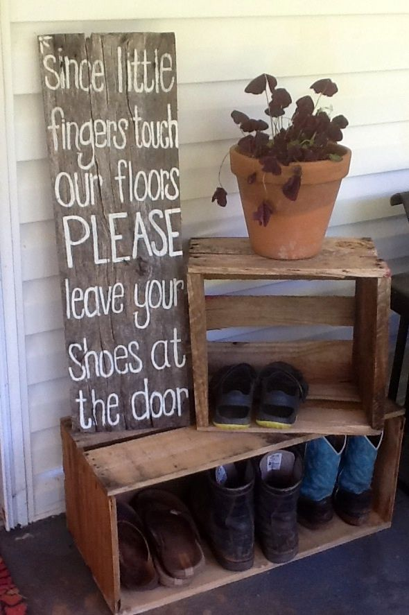 DIY barnwood sign for crawling babies