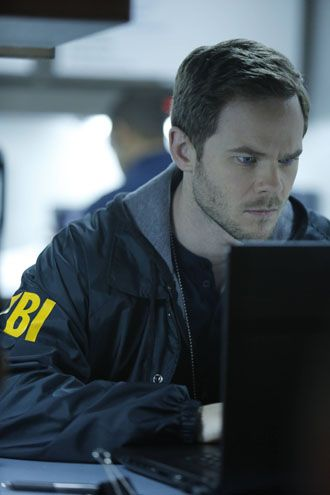 Shawn Ashmore News, Shawn Ashmore Bio and Photos | TVGuide.com