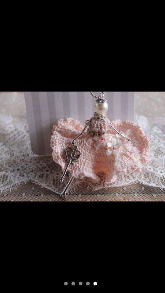 Sweet Doll necklace